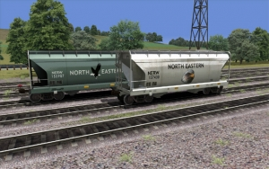 North Eastern 2 Bay Covered Hopper Set